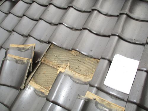 屋根下地破れ